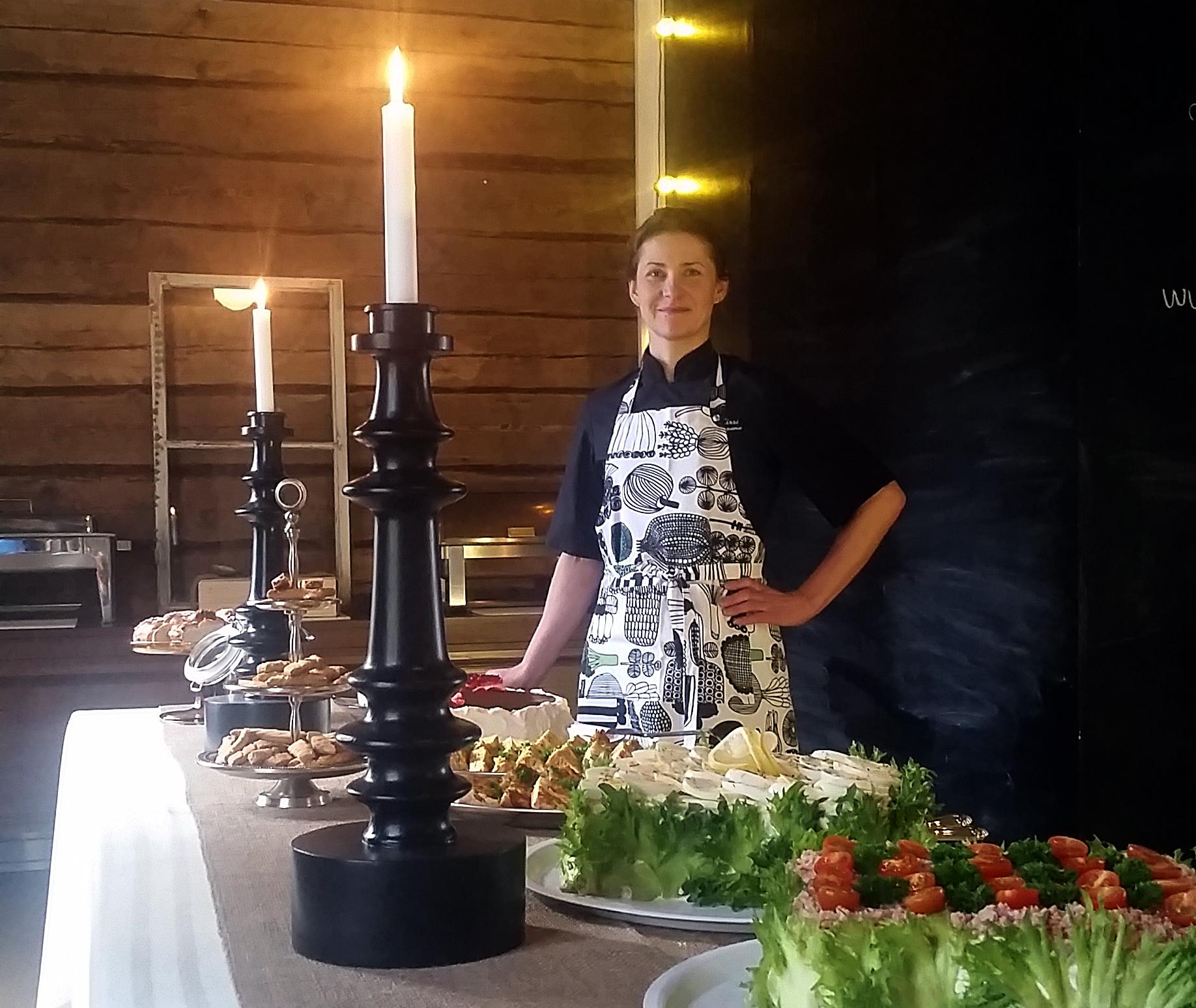 topuli-kirsi-ruokasali
